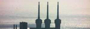"Central térmica de Badalona ""Las tres chimeneas"""