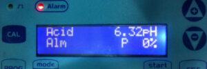 Display LCD de un dosificador-regulador automático de ph