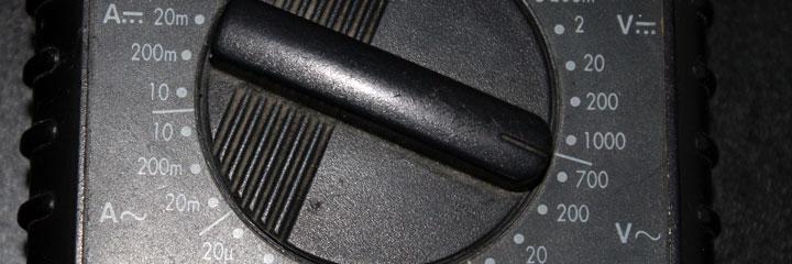 Ajuste del polímetro para medir la toma de tierra