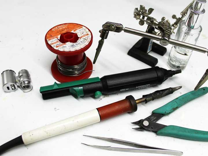 Kit básico para soldar y desoldar