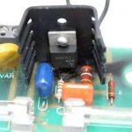 Cómo reparar una placa electrónica quemada